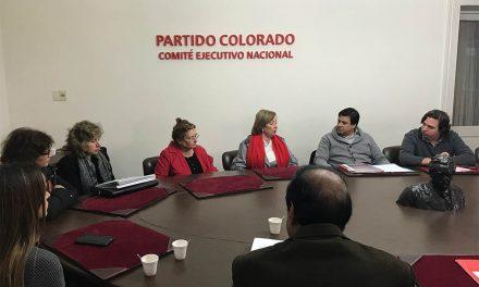 Colorados recibieron a ministra de Educación